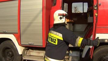 20-08-2017 06:44 Rozszczelniła się 250-litrowa beczka z żółtym fosforem. Pożar w Chorzowie