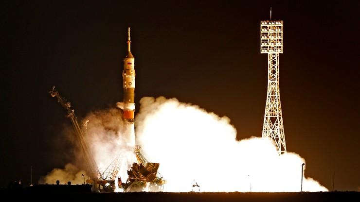 Sojuz MS-03 wystartował. Na pokładzie Rosjanin, Amerykanka i Francuz