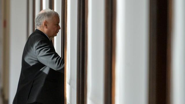 """Jarosław Kaczyński obejrzał """"Ucho Prezesa"""". """"Dobrze, że się ze mnie śmieją, trzeba się śmiać"""""""