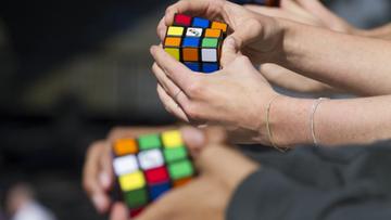 30-06-2016 21:05 Układają kostkę Rubika w 5 sekund. Polacy powalczą o tytuł mistrzów Europy