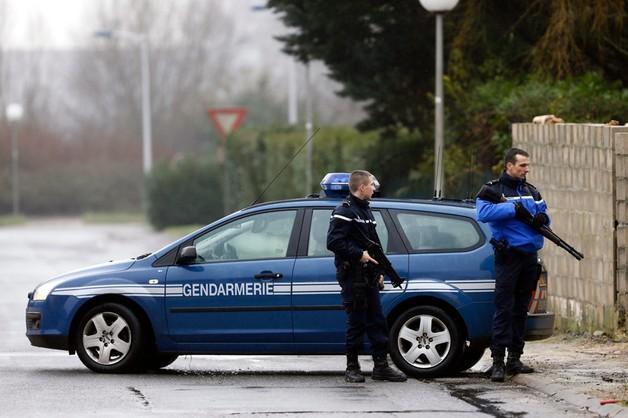 Zabójca policjantki powiązany ze sprawcami ataku na Charlie Hebdo