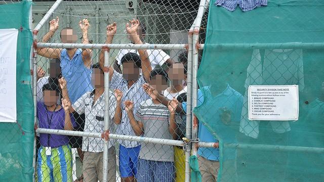 UNHCR apeluje do Australii, by chroniła migrantów po śmierci jednego z nich