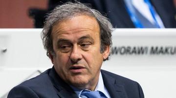 2015-10-16 Anglicy zawiesili poparcie dla Platiniego