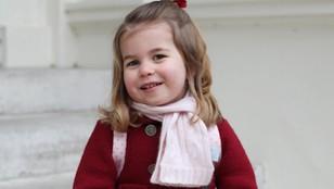 Księżniczka Charlotte pierwszy raz w przedszkolu