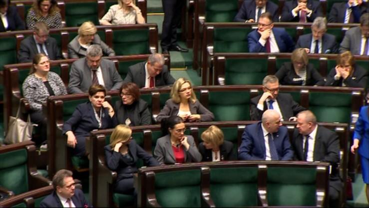 Sejm powiększył skład komisji administracji i spraw wewnętrznych o dwóch posłów PiS