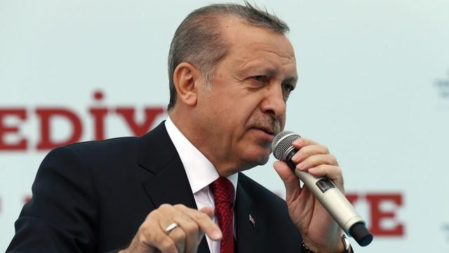Turcja: Pierwszy wyrok w sprawie puczu - dożywocie dla dwóch oficerów