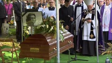 30-05-2017 15:04 Tłumy pożegnały Wodeckiego na cmentarzu Rakowickim w Krakowie