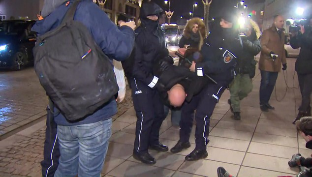 Rośnie fala agresji wśród ulicznej opozycji. W internecie nawołują do rozlewu krwi