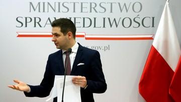 """12-01-2016 14:21 Rzeczniczka Iustitii o """"świerszczykach"""" w sądach: ministerstwo powinno wskazać, kto je kupował"""