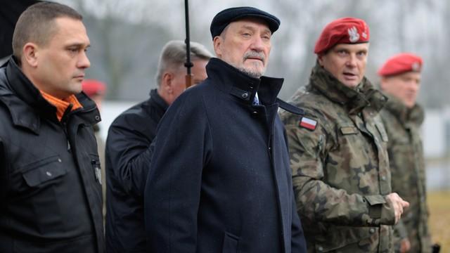 Szef MON o rosyjskich dronach naruszających polską granicę: Obserwowaliśmy to przez cały rok