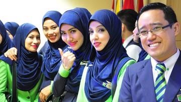 23-12-2015 14:43 Pierwsze na świecie linie lotnicze zgodne z prawem szariatu już funkcjonują