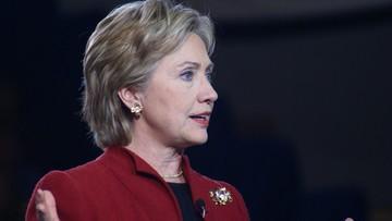 """20-12-2015 05:58 Debata Demokratów: broń palna, """"faszysta"""" Trump i """"przeklęte maile"""""""