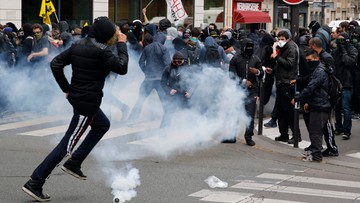14-06-2016 16:55 26 osób rannych podczas demonstracji w Paryżu