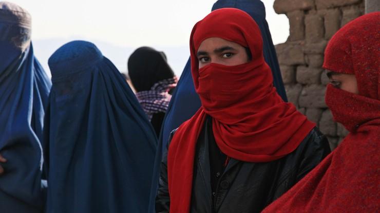 Młoda Afganka ukamienowana za seks przedmałżeński