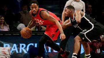 2016-11-05 NBA: DeRozan idzie w ślady Jordana