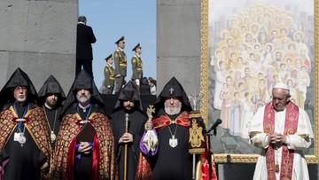 25-06-2016 11:58 Papież oddał hołd ofiarom rzezi Ormian sprzed stu lat