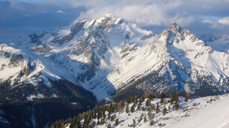 Snowboardzista zginął pod lawiną we Francji. Trwają poszukiwania jego kolegów