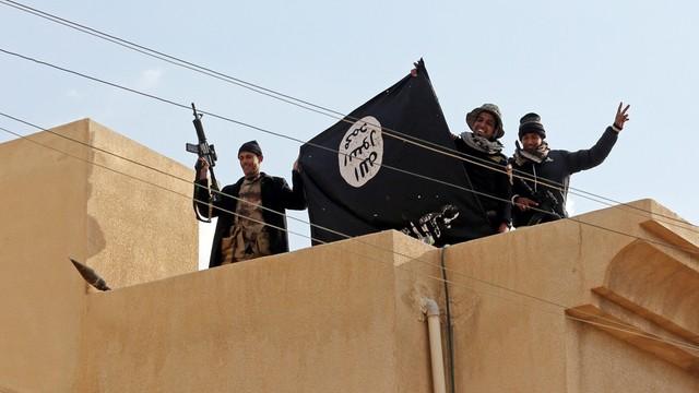 Irak: trwają walki na obszarze uniwersytetu w Mosulu