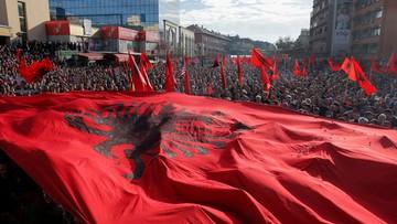 17-02-2016 20:34 Kosowo: tysiące zwolenników opozycji domagało się ustąpienia rządu