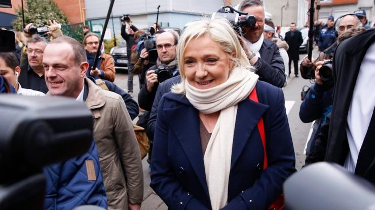 Exit poll: Front Narodowy zwycięża w wyborach regionalnych we Francji