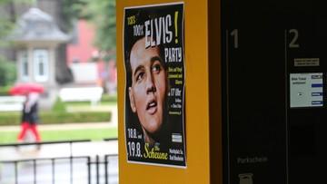 16-08-2017 09:27 30 dolarów za odwiedzenie grobu Elvisa. W 40. rocznicę śmierci artysty