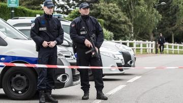 14-06-2016 09:02 Islamista zamordował policjanta i jego żonę. Funkcjonariuszowi zadał 9 ciosów nożem