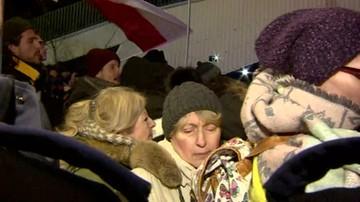 """2017-12-12 Protest przed Sejmem przeciw ustawom o sądownictwie. """"Walczymy do końca"""""""