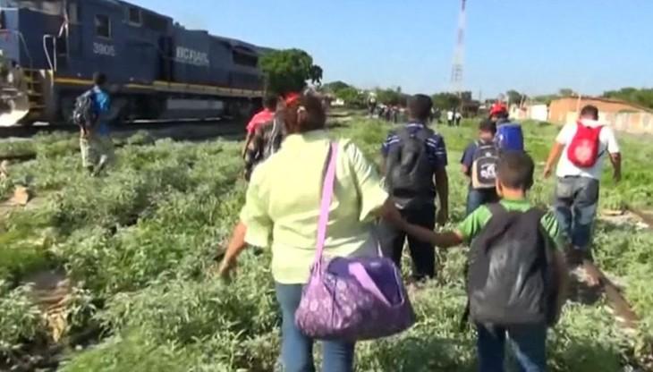 Utrzymanie nielegalnych imigrantów w USA 6 razy droższe niż deportacja