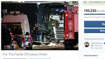 22-12-2016 14:23 Kierowcy w Anglii zbierają pieniądze dla rodziny zabitego w Berlinie Polaka