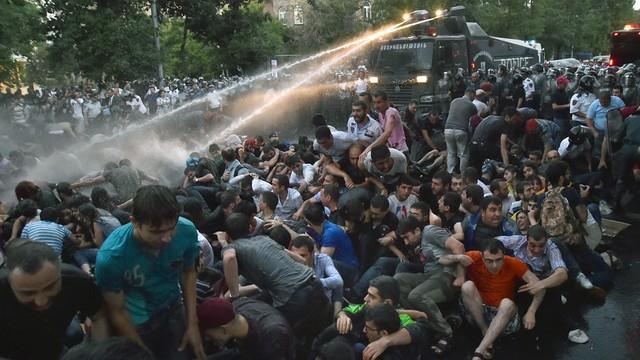 Armenia: kolejny dzień protestów przeciwko podwyżce cen energii