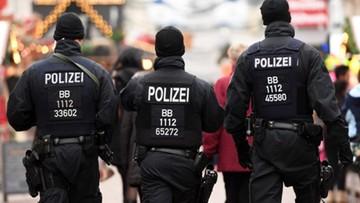 20-12-2016 15:26 Przed Sylwestrem austriacka policja rozda kobietom alarmy kieszonkowe