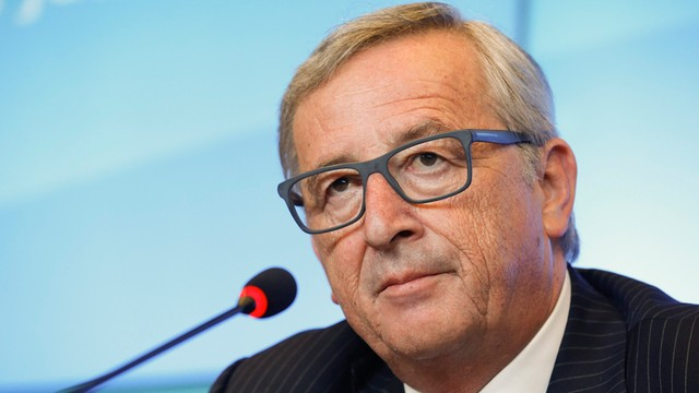 Juncker za negocjacjami z Grecją, przeciwko Grexitowi