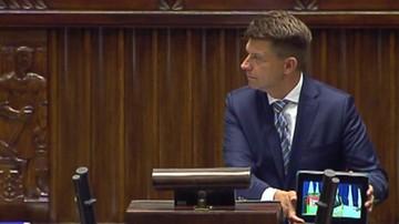 Ryszard Petru cytuje w Sejmie Jarosława Kaczyńskiego