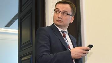 """11-09-2016 09:07 """"Sędzia dopuściła się rażącego złamania prawa"""". Zbigniew Ziobro o wniosku Patryka Jakiego"""