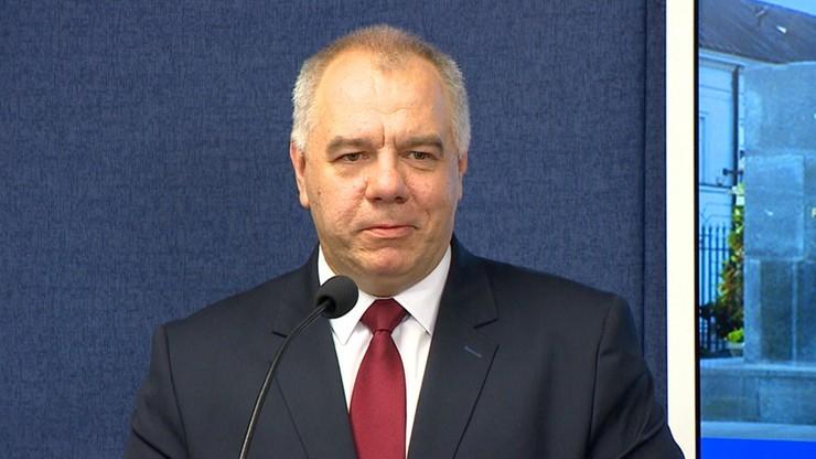 Budowa pomników Lecha Kaczyńskiego i ofiar katastrofy smoleńskiej. Sasin chce uchwał rady miasta