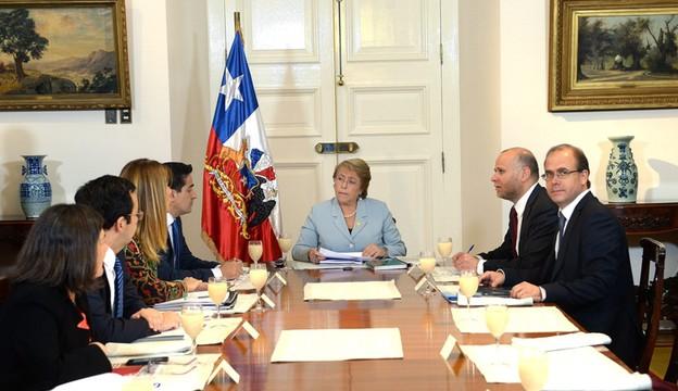 Chile: prezydent Bachelet zażądała dymisji gabinetu