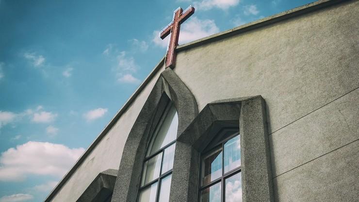 Szkocki Kościół Episkopalny zgadza się na małżeństwa homoseksualne