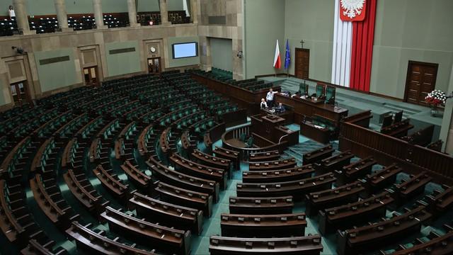 PiS: potrzebne dodatkowe posiedzenie Sejmu ws. suszy