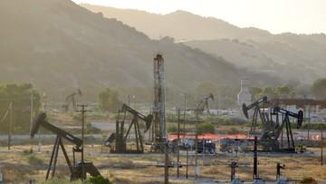 27-05-2016 08:06 Ceny ropy znów poniżej 50 dol. za baryłkę