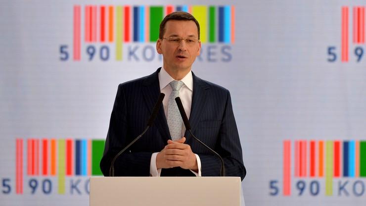 """""""Co nie jest prawem zabronione, jest dozwolone"""". Morawiecki zaprezentował """"Konstytucję biznesu"""""""