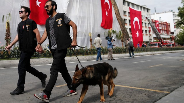 Kolejny zamach w Turcji - 3 ofiary śmiertelne, 30. rannych