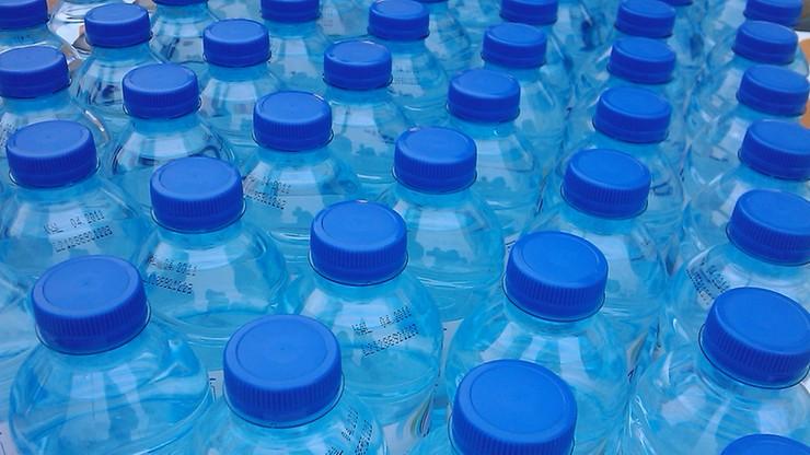 Hiszpania: już 4 tys. ofiar butelkowanej wody. Była zatruta fekaliami