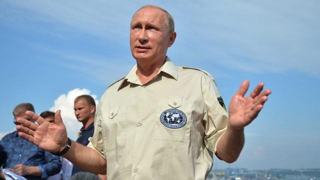 Putin: siły zewnętrzne chcą zdestabilizować sytuację na Krymie