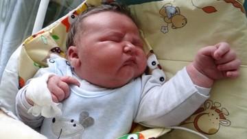 6 kilogramów szczęścia. Wyjątkowo duży noworodek  w szpitalu w Radomsku