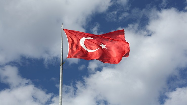 """Holenderski rząd: wizyta tureckiego wicepremiera """"niepożądana"""""""