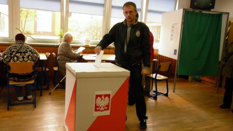75 proc. badanych uważa, że wybory w Polsce są wolne i uczciwe