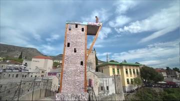 Skakali z mostu do Neretwy. Lot z 24 metrów i uderzenie w wodę