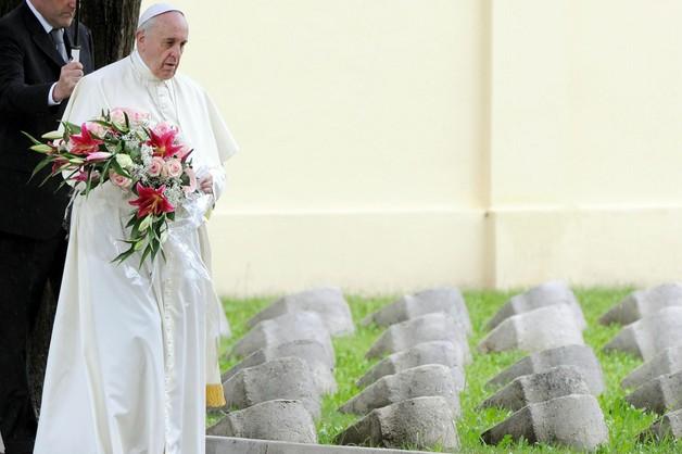 Papież: Wojna jest szaleństwem