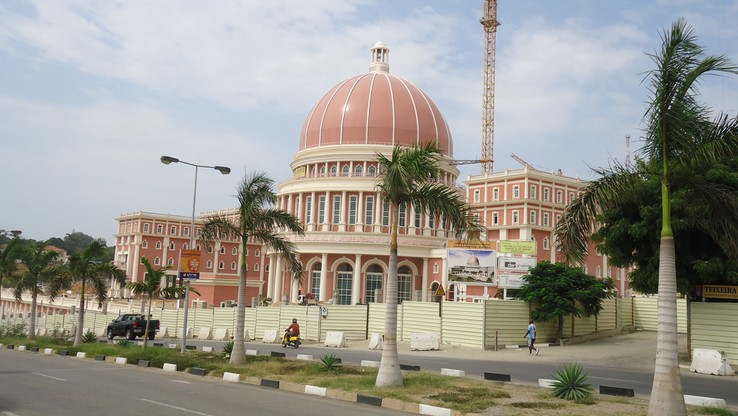 Parlament w Angoli rozpatrzy ustanowienie 10 lat więzienia za aborcję