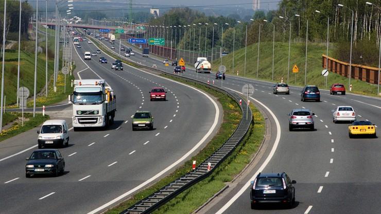 Właściciele A4 zarobili 180 mln zł w ubiegłym roku. Od środy podnieśli niektóre opłaty